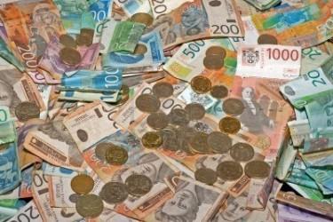Ko ima najveće plate u Srbiji?